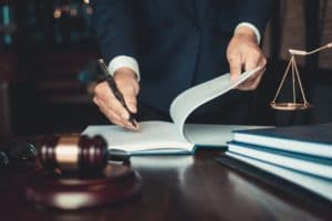 How does a criminal defense Lawyer do their job